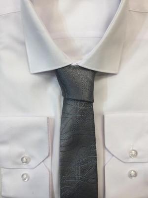 Sivá vzorovaná kravata 56