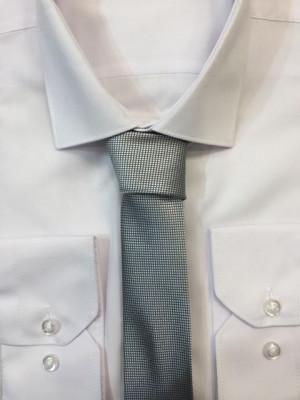 Sivá vzorovaná kravata 48